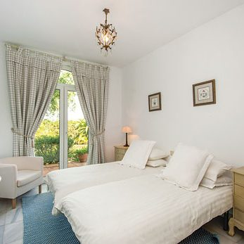comfy-room-spain-fitness-retreat